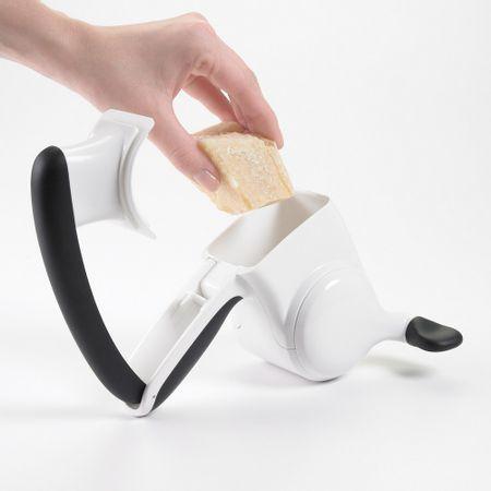 Ralador-para-queijo-branco-OXO