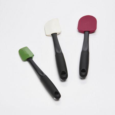 Conjunto-de-3-espatulas-coloridas-em-silicone-OXO