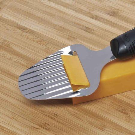 Plaina-para-queijo-em-aco-inox-23cm-OXO