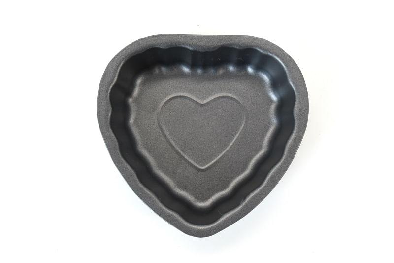 Mini Forma Coração em Aço Carbono 12,8cm Hudson Preta